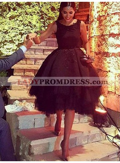 2021 Ball Gown Scoop Neck Sleeveless Backless Layers Applique Beading Satin Tulle Homecoming Dresses