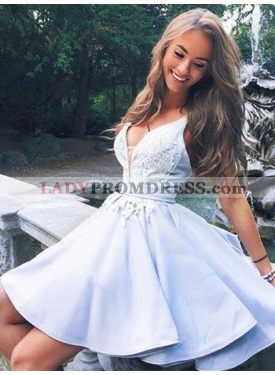 2019 A-Line/Princess V Neck Sleeveless Applique Cut Short/Mini Homecoming Dresses