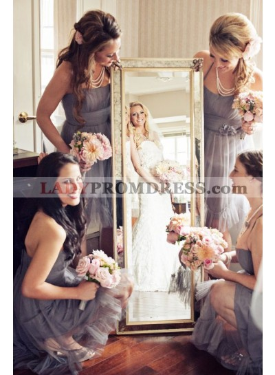 2021 New Arrival Silver A Line Tulle Halter Short Bridesmaid Dresses / Gowns