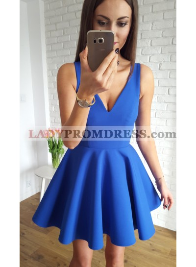 A-Line V-Neck Short Royal Blue Homecoming Dress 2019 with Ruched