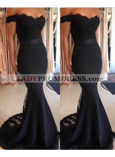 2019 Junoesque Black Lace Off-the-Shoulder Mermaid/Trumpet Satin Prom Dresses