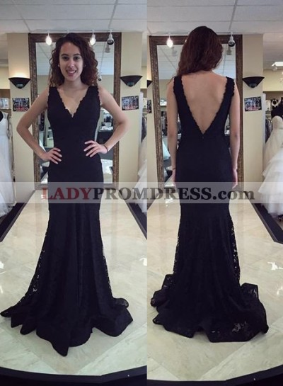 2019 Junoesque Black V-Neck Backless Mermaid/Trumpet Lace Prom Dresses