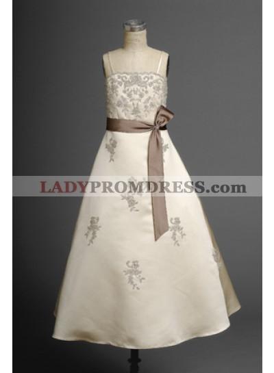 2020 Attractive Champagne Spaghetti Straps Applique Satin Sash Floor Length First Communion Dresses