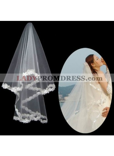 Very Gorgeous Wedding Veil With Embroidery