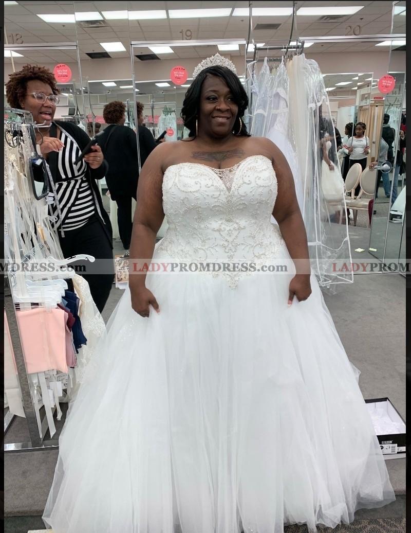 2020 Cheap Sweetheart Plus Size Wedding Dresses,Elegant Long Sleeve Wedding Guest Dresses