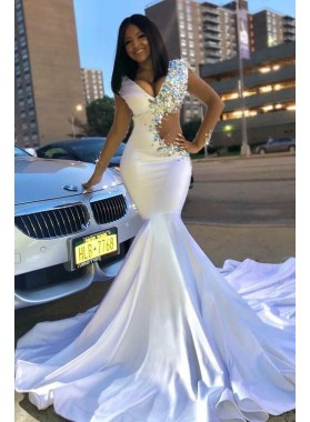 2019 Sexy White V-neck Mermaid/Trumpet Beaded Prom Dresses