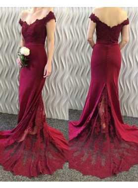2019 Siren Column/Sheath Burgundy Off The Shoulder Satin Prom Dresses