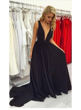 2020 Siren Princess/A-Line Deep V Long Train Black Prom Dresses