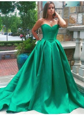 Elegant Sweetheart A-Line/Princess Sweep Train Satin Hunter Prom Dresses