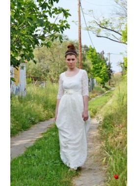 2020 New Arrival A Line Round Neck Long Sleeves Lace Wedding Dresses With Belt