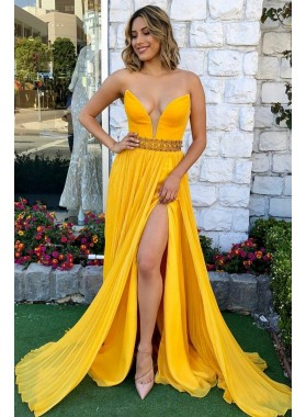Charming A Line Chiffon Sweetheart Side Slit Strapless Yellow Cheap 2021 Prom Dresses