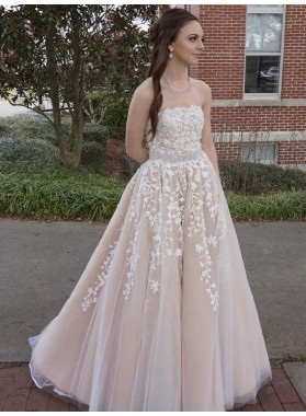 New Arrival A Line Strapless Tulle Champagne and White Appliques Long Prom Dresses 2021