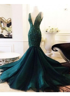 2021 Unique Dark-Green Sequins Beaded V Neck Sleeveless Tulle Mermaid/Trumpet Prom Dresses