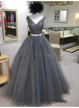2021 Modern Two Pieces Ball Gown V Neck Sleeveless Beaded Tulle Prom Dresses