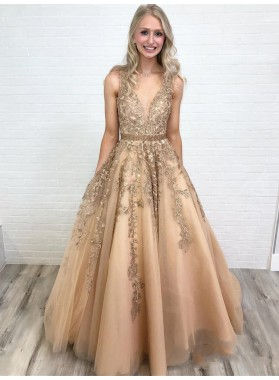 2021 Elegant Champagne A-Line/Princess Applique Beaded V Neck Sleeveless Tulle Prom Dresses