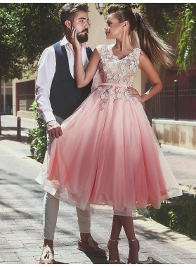 2021 A-Line/Princess V Neck Sleeveless Applique Beading Organza Tea-Length Homecoming Dresses