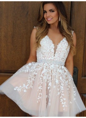 2021 A-Line/Princess V Neck Sleeveless Applique Beading Tulle Cut Short/Mini Homecoming Dresses