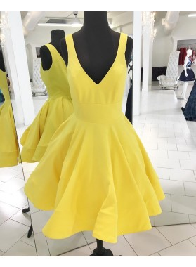 Deep V Neck Daffodil Sleeveless A Line Pleated Satin Backless Homecoming Dresses