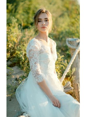 2020 New Arrival A Line/Princess Long Sleeves Lace Tulle Beach Wedding Dresses / Bridal Gowns
