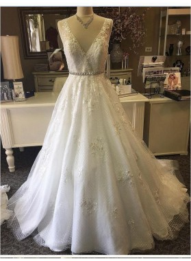 2020 Cheap A Line/Princess V Neck Tulle Beaded Sash Classic Wedding Dresses / Bridal Gowns
