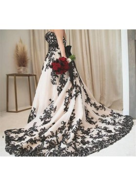 2020 New Arrival A Line/Princess Sweetheart Bowknot Plus Size Wedding Dresses / Bridal Gowns Black Appliques