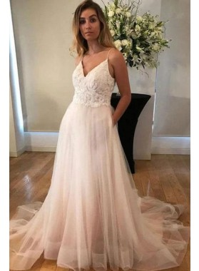 A Line V Neck Halter Tulle Beach Wedding Dresses With Appliques