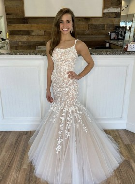 2021 Champagne Lace Up Back Tulle With Appliques Halter Long Prom Dress