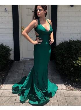 2021 Sheath Dark Green Halter Backless Long Prom Dress