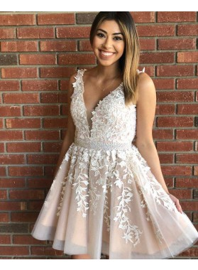 2021 A Line Champagne V Neck Tulle Appliques Short Homecoming Dresses
