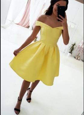 A Line Satin Knee Length Daffodil Short Homecoming Dresses 2021
