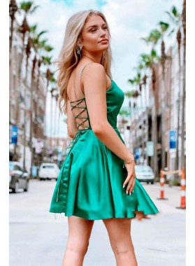 2021 A Line Elastic Satin Halter Backless Lace Up Short Emerald Green Short Homecoming Dresses