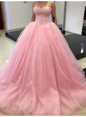 Sweetheart Sleeveless Appliques Ball Gown Tulle Prom Dresses