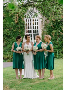 2021 New Arrival A Line V Neck Knee Length Dark Green Short Bridesmaid Dresses / Gowns