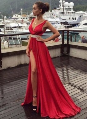 2019 Gorgeous Red Floor-Length/Long V-Neck Split Front Beading Chiffon Prom Dresses