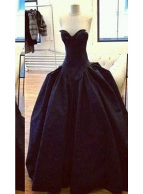 2019 Junoesque Black Floor-Length/Long Ball Gown Sweetheart Taffeta Ruching Satin Prom Dresses