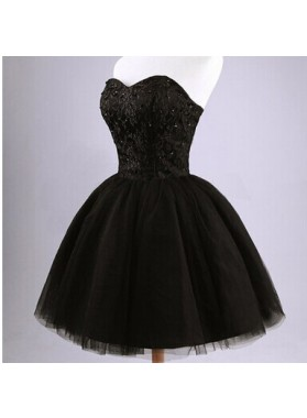 Ball Gown Sweetheart Lace-up Black Short Prom Dresses with Lace