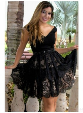 A-Line V-Neck Short Black Lace Homecoming Dress 2021 with Beading Waist