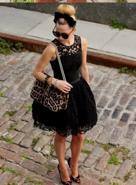 Princess/A-Line Jewel Short Black Lace Homecoming/Prom Dresses