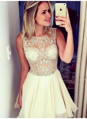 Princess/A-Line Round Neck Short Ivory Chiffon Homecoming/Prom Dresses with Beading