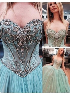 Sweetheart A-Line/Princess Beading Floor-Length/Long Tulle Prom Dresses