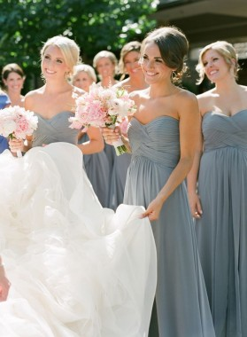 2020 Cheap Silver A Line Ruffles Chiffon Strapless Long Bridesmaid Dresses / Gowns