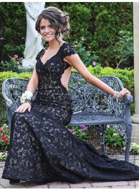 2018 Junoesque Black Capped Sleeves Backless Lace Prom Dresses
