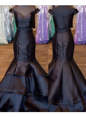 2018 Junoesque Black Layers Off-the-Shoulder Satin Two Pieces Prom Dresses