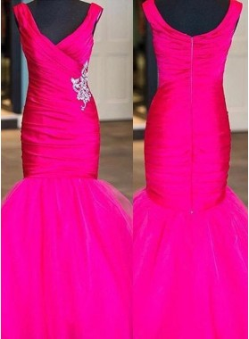 Beading V-Neck Mermaid/Trumpet Tulle Prom Dresses