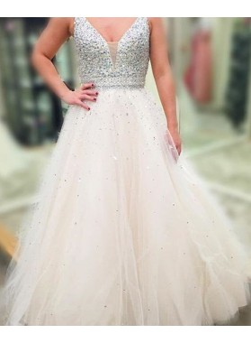 2019 Unique White Beading V-Neck A-Line/Princess Tulle Prom Dresses