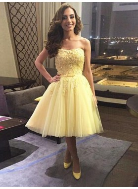 A-Line Princess Sleeveless Sweetheart Applique Tulle Short Homecoming Dresses