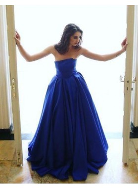 Elegant A-Line/Princess Satin Royal Blue Strapless 2020 Prom Dresses