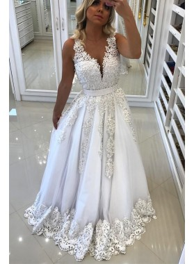 2019 A-Line/Princess White V Neck Prom Dresses With Appliques
