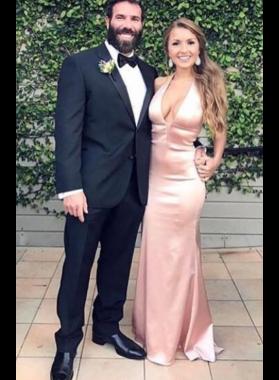 2021 Satin Blushing Pink Halter Prom Dresses