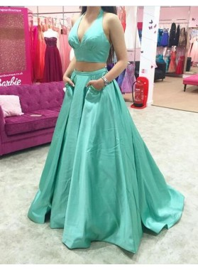 Princess/A-Line Satin Sweetheart Two Pieces Turquoise Prom Dresses